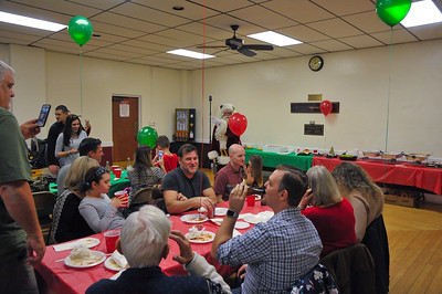 Sherwood Family Christmas 2017 / Dads 90th B-Day.