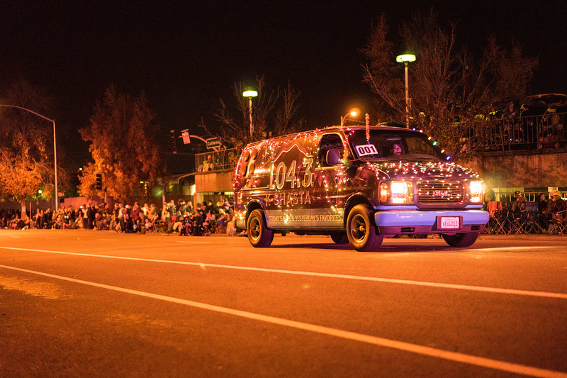 Light_Parade_2015-07822.jpg