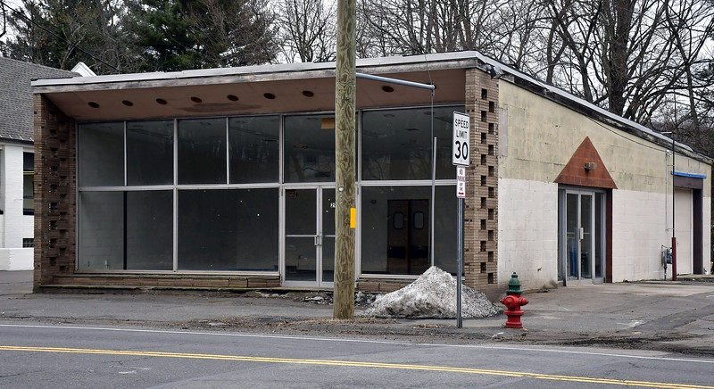 1/28/2020 Mike Orazzi | Staff Bristol signs a contract to lease the old Hostess Building to Exterior Trim on a month to month basis, pending redevelopment of the Sessions Building across the street on Riverside Avenue.