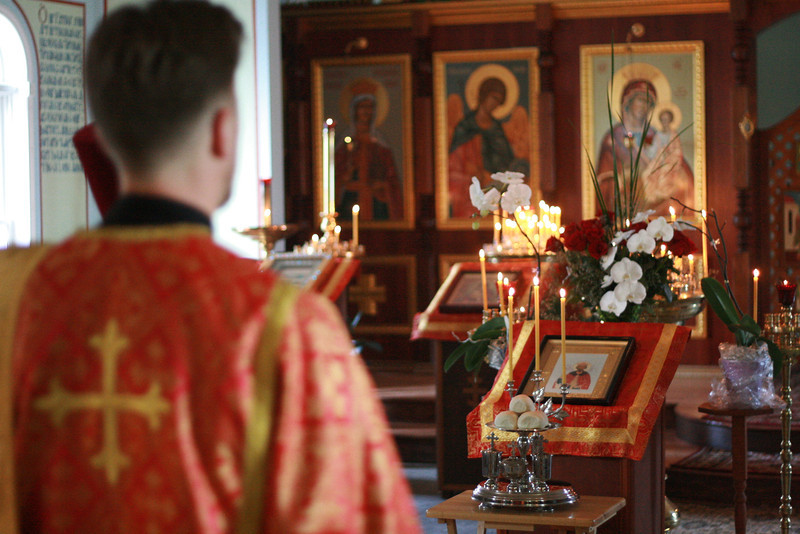 2009-St. Vladimir_s Day_album229_-Vigil_album230_-img_8190.jpg