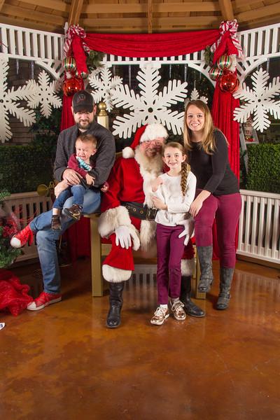 Santa 12-16-17-190.jpg