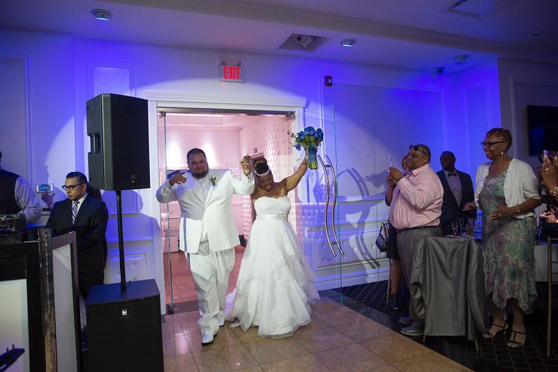 MER__0867_tonya_josh_new jerrsey wedding photography.jpg