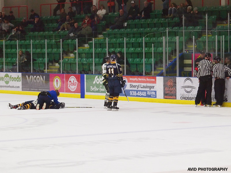 Ookotoks Oilers vs Calgary Mustangs AJHL Nov 14th (40).jpg