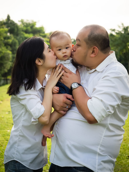 meichi_outdoor_family_photoshoot-14.jpg