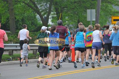 10K Start - 2013 Charlevoix Marathon