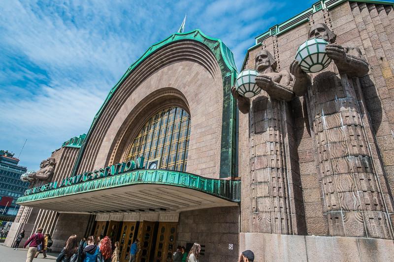 helsinki central station 2015 (1 of 1).jpg