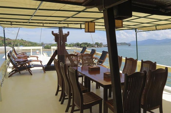 Dining Area and Sun Deck.jpg