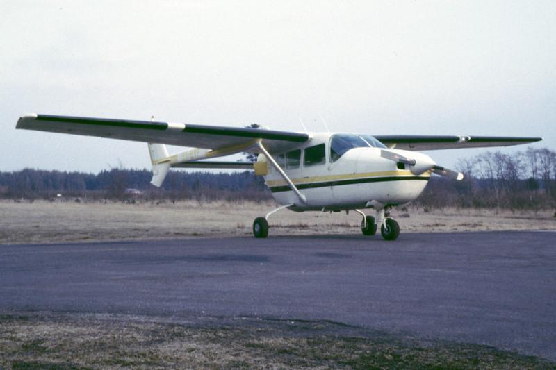 OY-BVP-Cessna337DSuperSkymaster-Private-EKBI-1985-RB-46-KBVPCollection.jpg