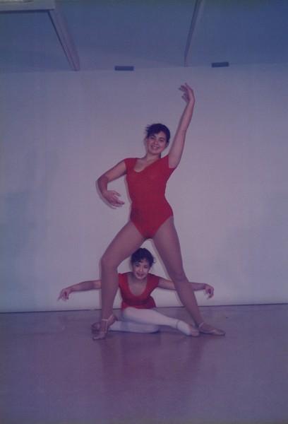 Dance_2027.jpg