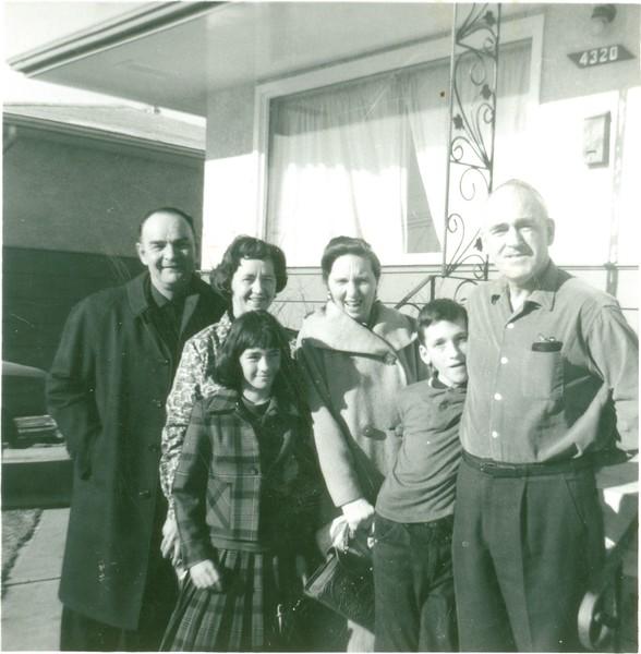 Ken family reunion '64.jpg