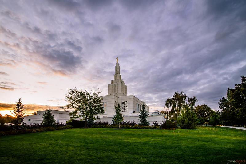 Idaho Falls Temple - Grass