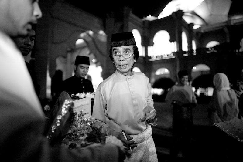 Ridzuan & Zareen at Masjid Duta