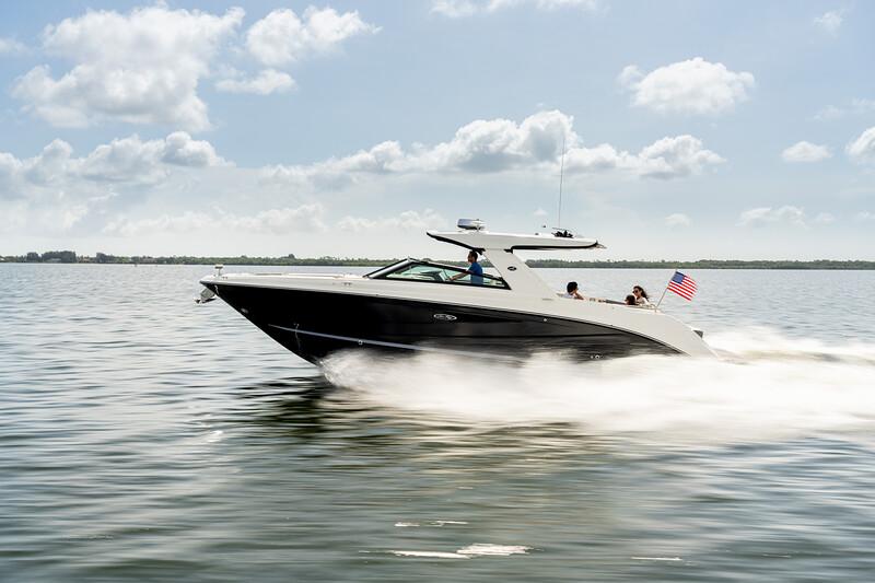 2021-SLX-400-SLX400-running-port-profile-flag-03868.jpg