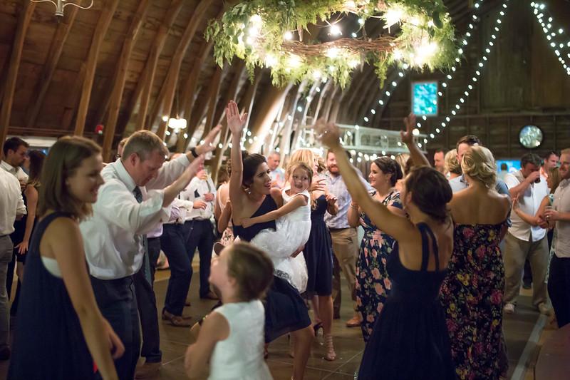 Garrett & Lisa Wedding (774).jpg