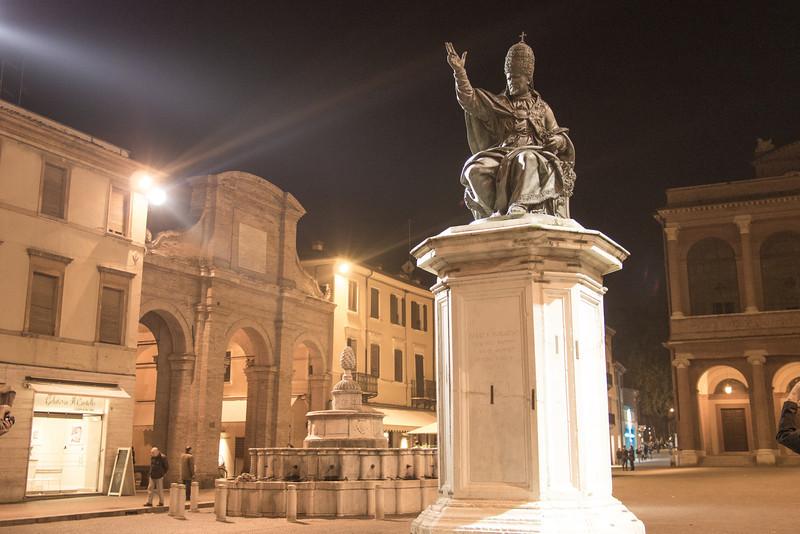 Rimini theatre square.jpg