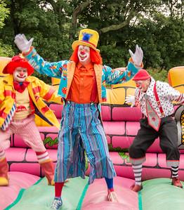 Aleppo Clowns visit Concord Rainbow