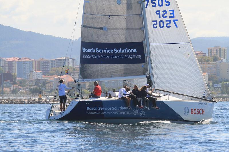 "7505 923 2021 Bosch Service Solutions ""Innovative. International. Inspiring. Sailway 6-VI-5-11-06 MBANCA Bosch Service Solutions Innovative. International, Inspiring. nspiring. (W) BOSCH"