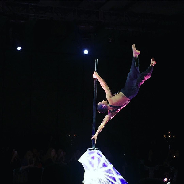 The_most_insane_performance_from_Cirque_Eloize_at_the__foodbloggersca__FBC2015_conference._The_human_body_is_ridiculously_powerful._Thanks_to__lovelentils_for_making_this_happen._I_think_he_wants__mairlynsmith....jpg