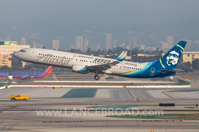 Alaska 737-900ER - N248AK - LAX