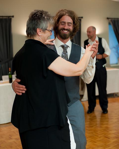 EDITS - Ryan and Lindsey Wedding 2014-345.jpg