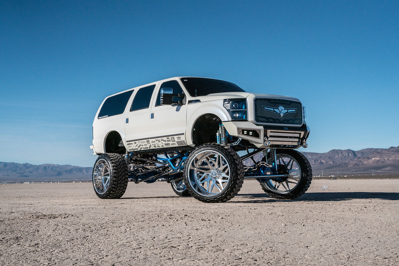 @lady_luck_excursion v.2 2016 @Ford Excursion Conversion 30x16 #GENESIS CONCAVE 42x16.5r30 @FuryOffroadTires-23.jpg