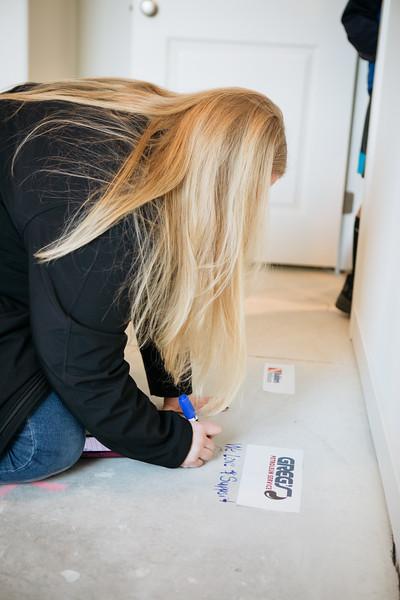 floor_signing_stjude-25.jpg