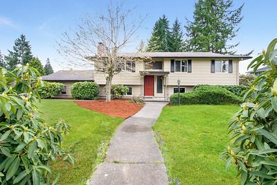 10801 99th St SW, Tacoma