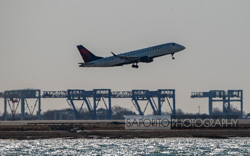 Delta E170