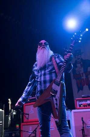 DAVID LIPNOWSKI / WINNIPEG FREE PRESS  Eagles Of Death Metal guitarist Dave Catching performs with the band at the Burton Cummings Theatre Sunday May 1, 2016.