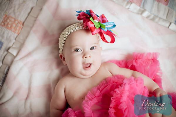 Scarlett's 5 month Pix