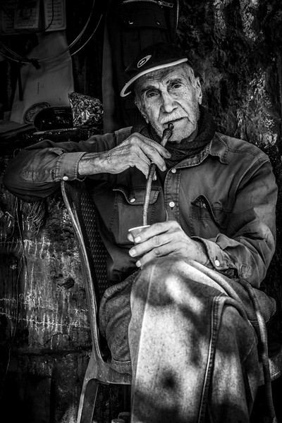 Portrait of an old man met in Saida.