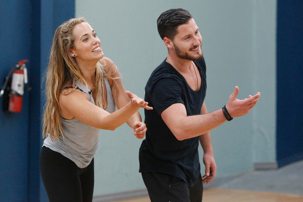 """. DANCING WITH THE STARS - Rehearsals - This season\'s dynamic lineup of stars will perform for the first time on live national television with their professional partners during the two-hour season premiere of \""""Dancing with the Stars,\"""" MONDAY, SEPTEMBER 16 (8:00-10:01 p.m., ET) on the ABC Television Network.  (ABC/Rick Rowell) ELIZABETH BERKLEY LAUREN, VAL CHMERKOVSKIY"""