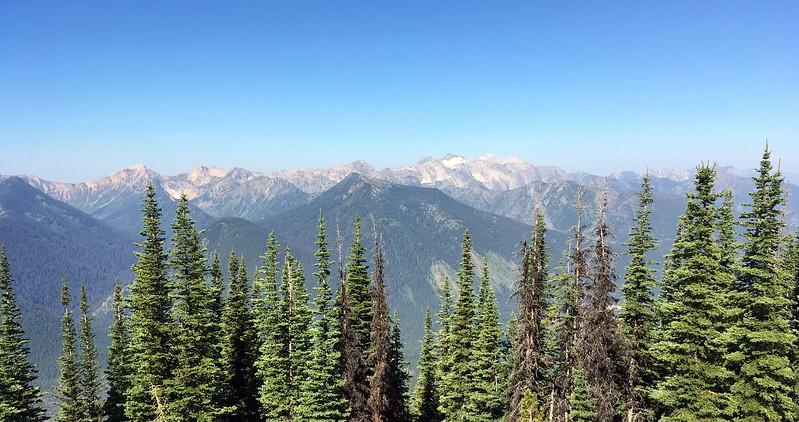 It feels likethe Glacier Park Range goes forever