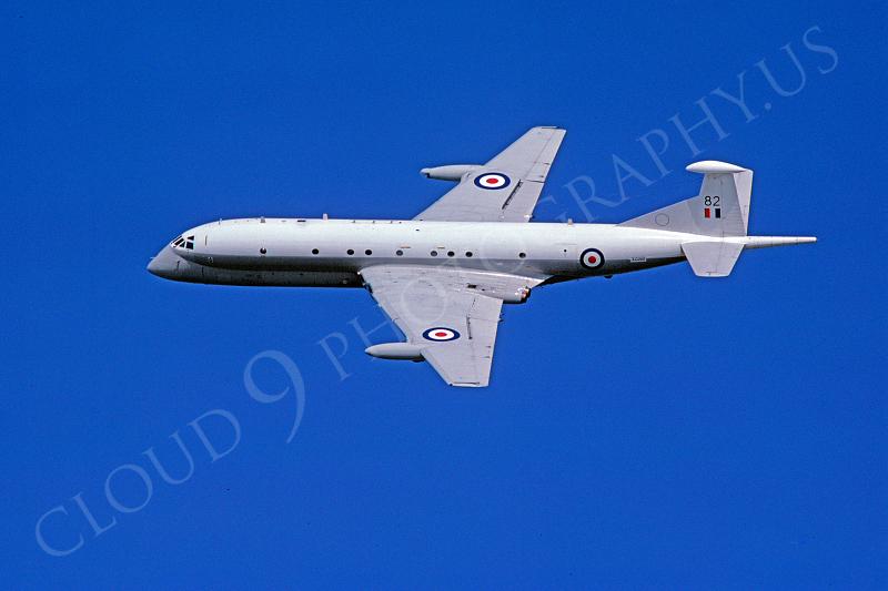 BAE Systems Nimrod 00026 BAE Systems Nimrod British RAF XZ282 16 September 1978 by Stephen W D Wolf.JPG