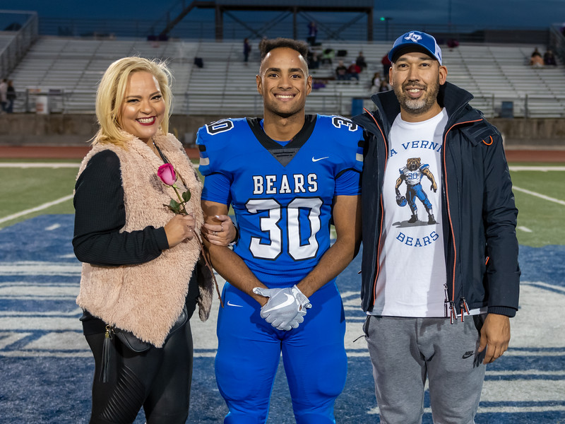 LV2019_SeniorNight-14.jpg