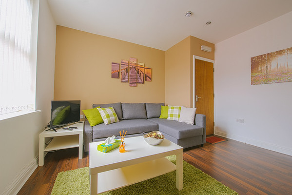 Apartment 2 - 93 Elford Grove, Leeds (High Res)