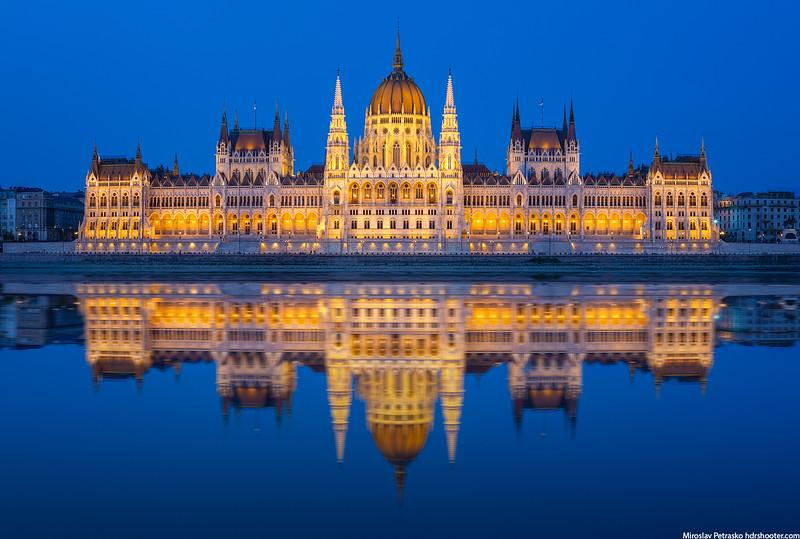Budapest-IMG_4669-Pano-web.jpg