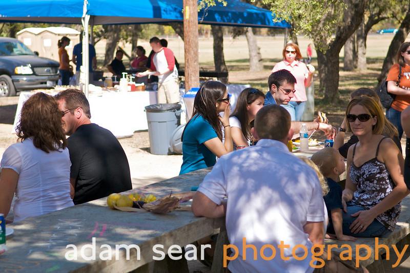DFA_Picnic_Austin_2008_130.jpg