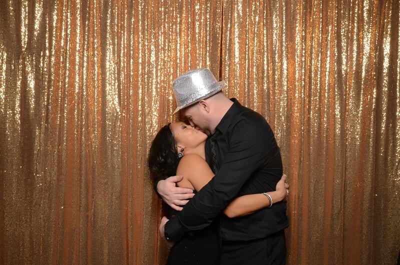axis photobooth seattle wedding -0398.jpg