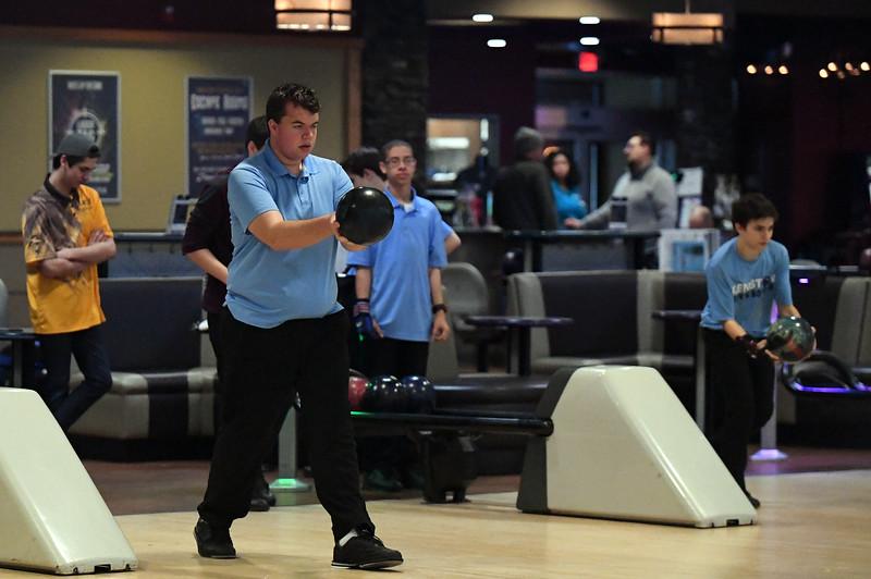 bowling_7489.jpg