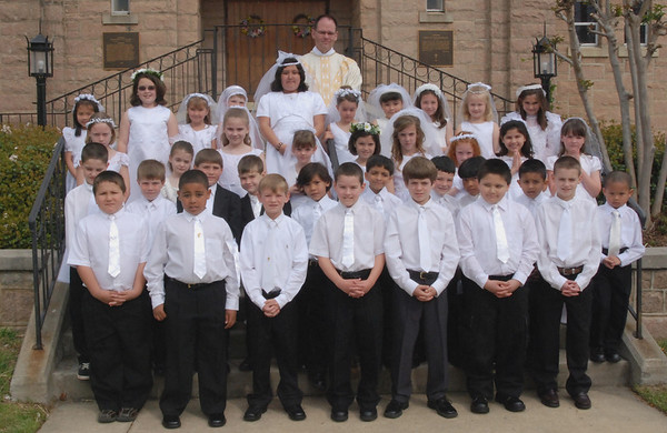 First Holy Communion Individual Receiving Host 042008