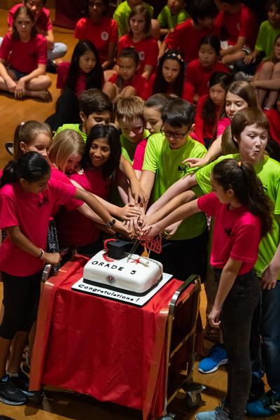 Grade 5-Celebration-YIS_3768-2018-19.jpg