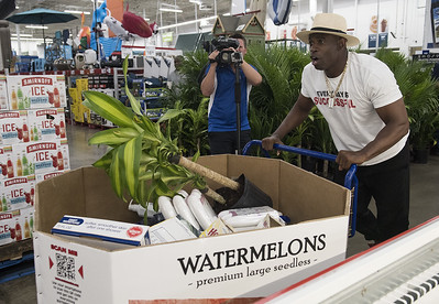 deion-sanders-goes-on-shopping-spree-at-sams-club-in-tyler-to-benefit-tornado-victims-salvation-army