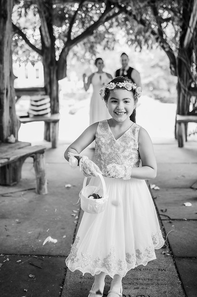 Vicsely & Mike - Central Park Wedding-9.jpg