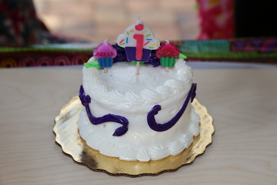 Aria's 1st Birthday