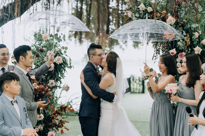 Thao Dien Village intimate wedding.ThaoQuan. Vietnam Wedding Photography_AP93153andrewnguyenwedding.jpg