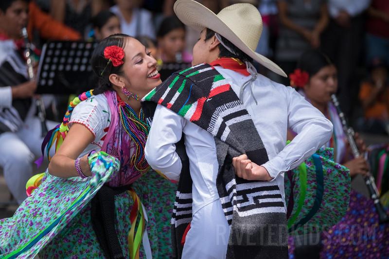 Oaxaca Riveted Kids (016).jpg