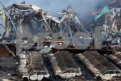 at-least-44-dead-as-huge-warehouse-blasts-hit-chinese-port