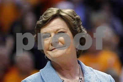 pat-summitt-winningest-coach-in-d1-history-has-died-at-64