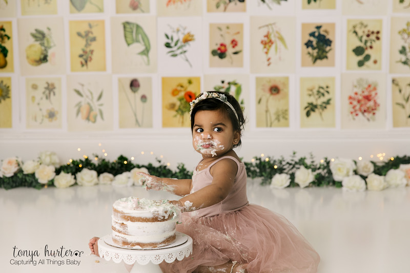 Tailor-1stBirthday-Low-Resolution370A2641-Edit.jpg